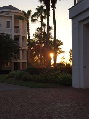 Sandestin Golf and Beach Resort: Sunset in front of Elation
