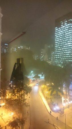 Hotel ibis budget Rio de Janeiro Centro : Vista da janela do meu quarto.