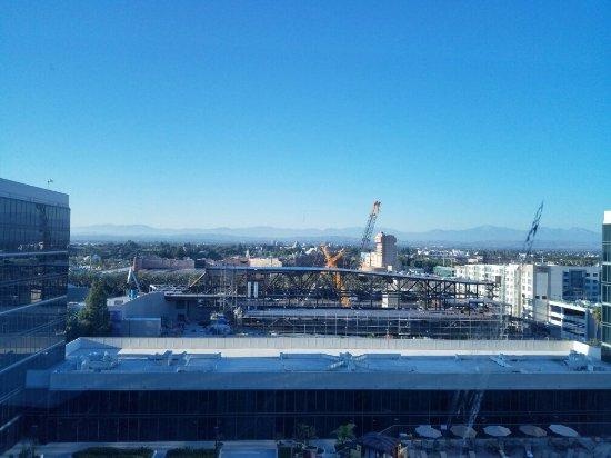Hilton Anaheim: 20160910_174936_large.jpg