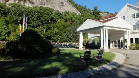 White Mountain Hotel and Resort-bild