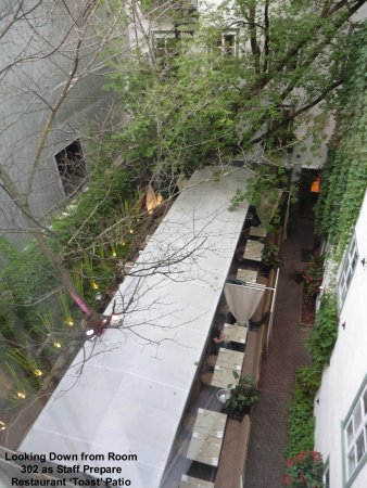 Hotel Le Priori: View from Room 302 overlooking the charming courtyard & Toast
