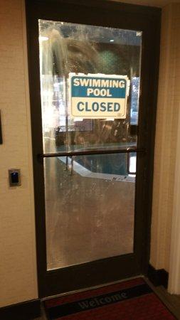 Hampton Inn Norfolk Naval Base: Pool is close every day.