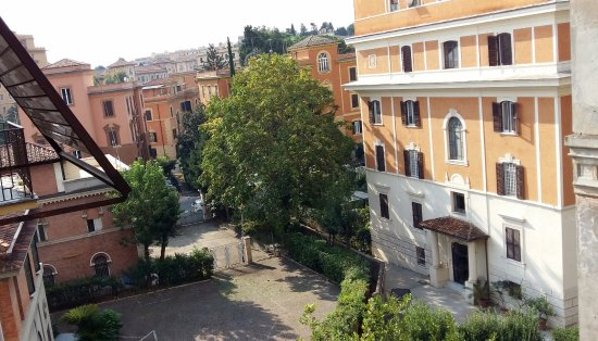 21 Aprile House : Autre vue depuis notre fenêtre
