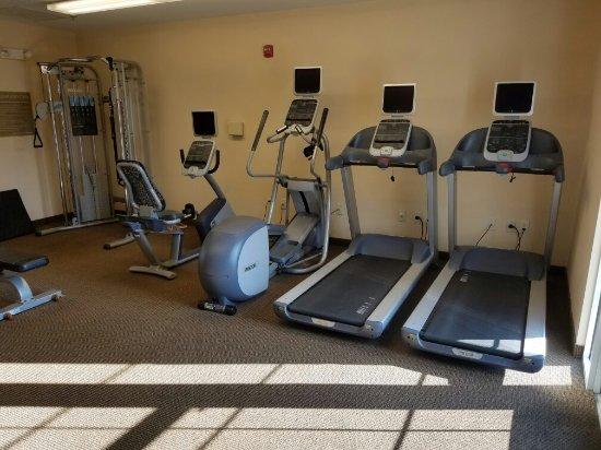 Candlewood Suites Fayetteville: 20160913_172214_large.jpg