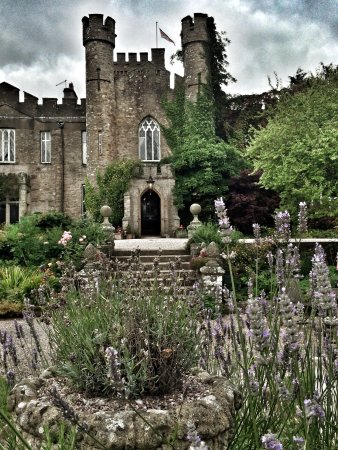 Wonderful Castle Stay