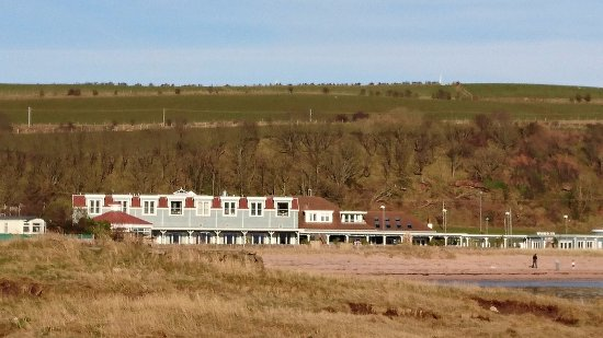 West Kilbride, UK: Hotel from the beach