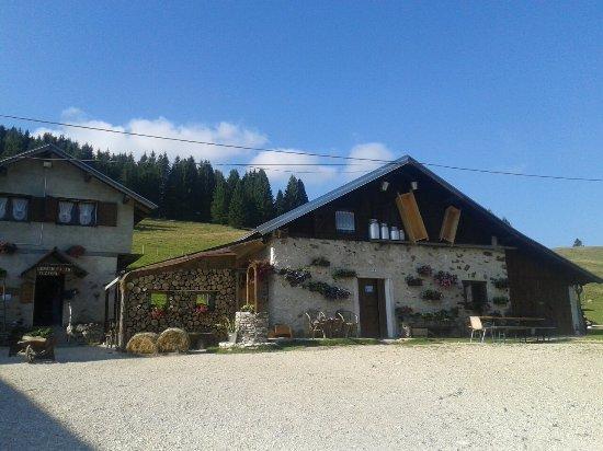 Levico Terme, Italy: Malga Fratte