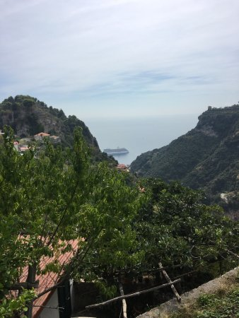 Pontone, Italy: This is a nice rustic restaurant up above Amalfi in the hills. We where on the Amalfi drive sele