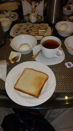 Wood Castle: Exemple petit déjeuner continental