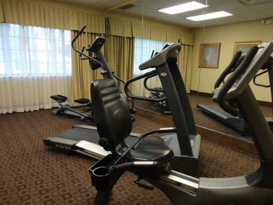 Crestwood Suites Lakeland: Fitness Room