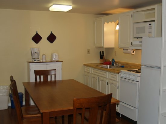 Wilton, ME: Kitchen in 1st floor suite