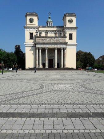 Vac, Ungarn: 20160915_124757_large.jpg