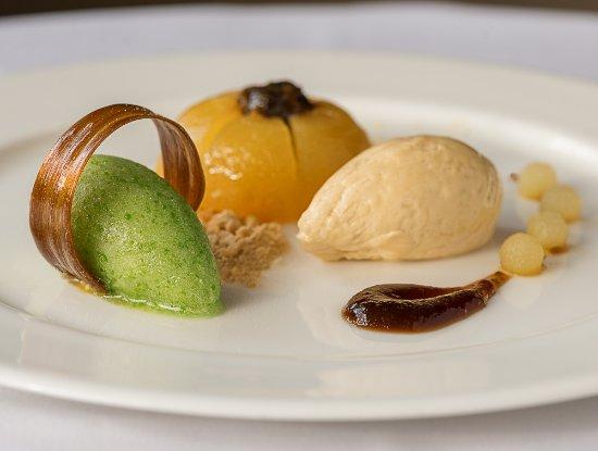Goring-on Thames, UK: Apple Dessert