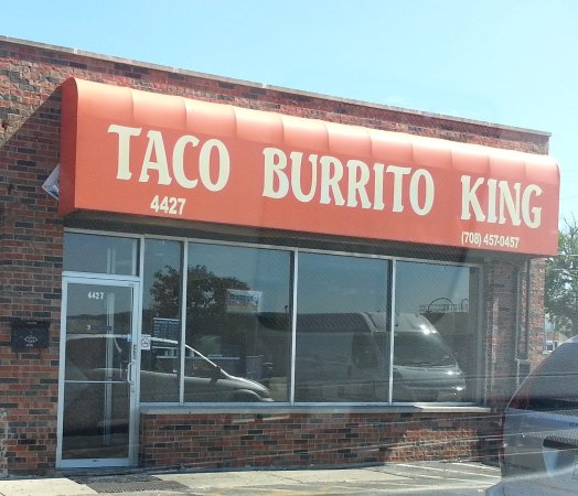 Harwood Heights, IL: Front & entrance to Taco Burrito King