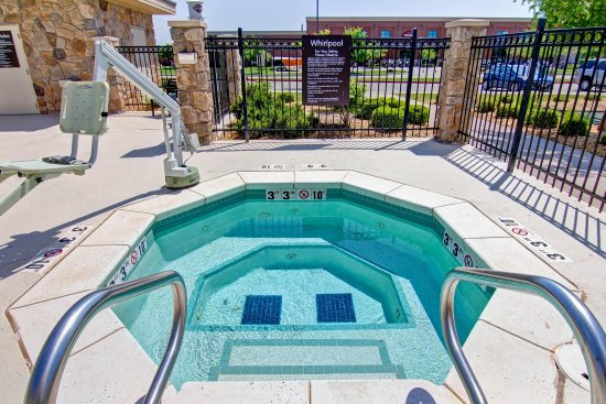 Homewood Suites by Hilton Oklahoma City-West: Whirlpool