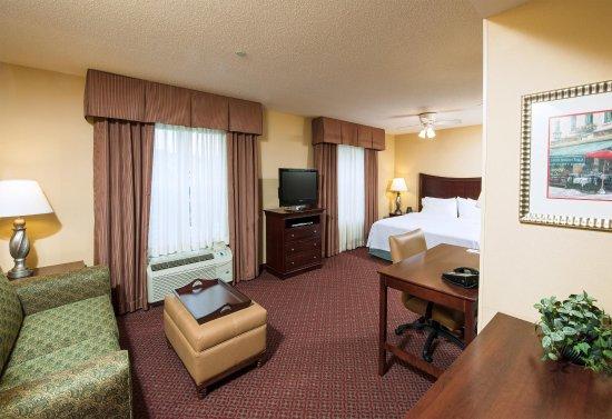 Homewood Suites by Hilton Portland: King Studio Suite