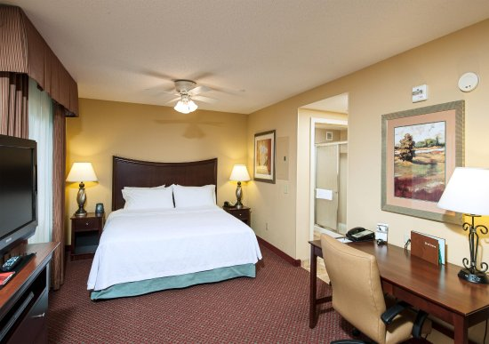 Homewood Suites by Hilton Portland: King Studio Suite
