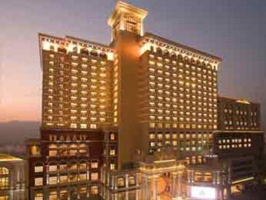 โรงแรมโซฟิเทล มาเก๊า แอท ปงต์ 16: Exterior