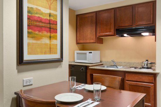 Englewood, CO: Accessible Suite Kitchen