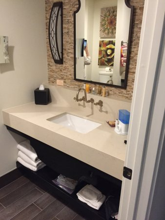 The Left Right Side Of The Bathroom Are Setup This Waytwin Sinks - Bathroom sink set up