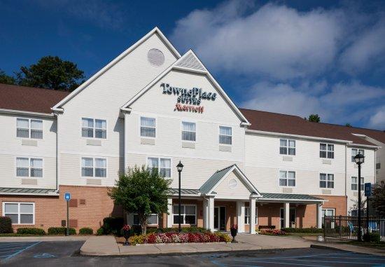 TownePlace Suites Columbus: Exterior