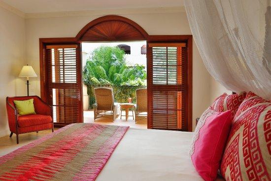 Cap Estate, St. Lucia: Courtyad Villa Suite Bedroom