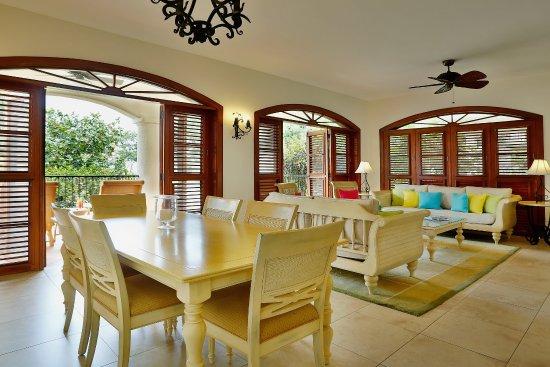 Cap Estate, St. Lucia: Courtyard Villa Suite Living Room
