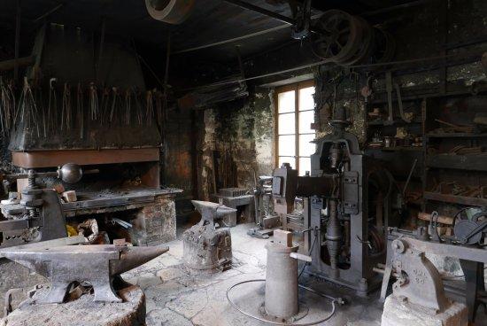 Iron and Railway Museum: Eine der Schmiedewerkstaetten