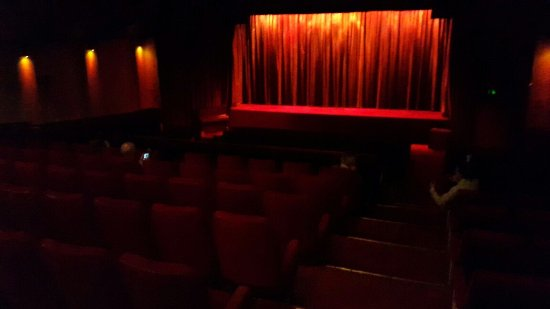 Cottage Road Cinema: 20160915_203042_large.jpg