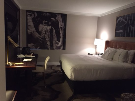 The Highland Dallas: Regular King-Sized Bed Room