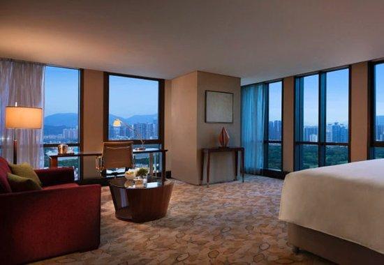 JW Marriott Hotel Shenzhen: Premier Guest Room