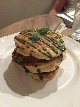 Sesto Calende, Włochy: Pancake vegetariano salato (caprese)