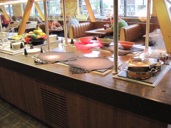 Petoskey Big Boy: salad & soup lunch buffet