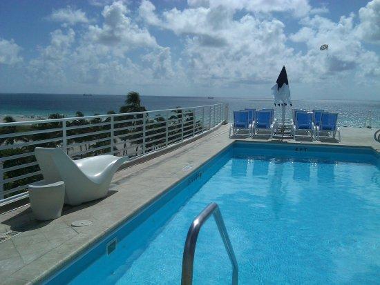 OceanDriveVR Suites