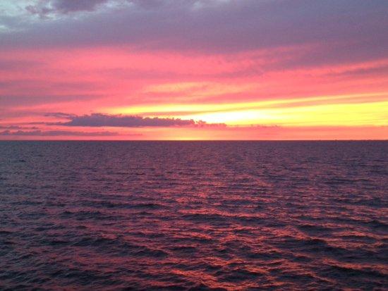 Hamburg, NY: Sonnenuntergang am Erisee