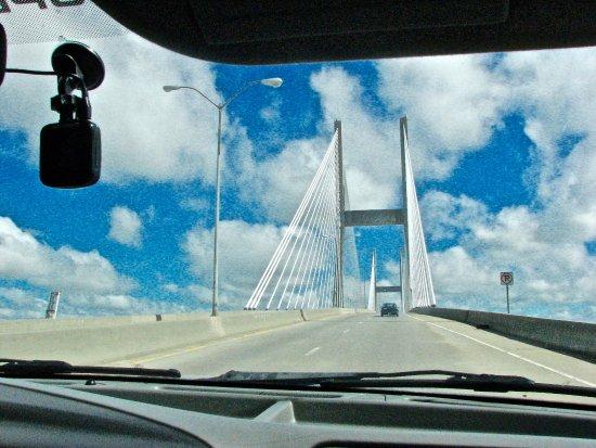 Talmadge Memorial Bridge : Whew