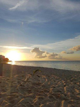New Providence Island: Love Beach