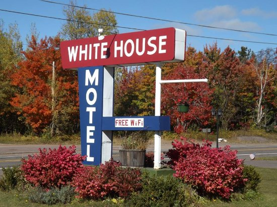 Mohawk, MI: White House Motel