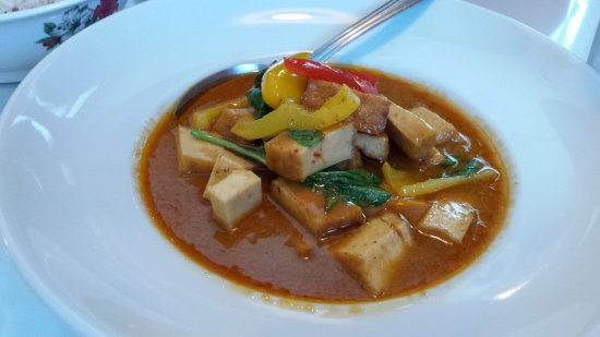 Thai Kitchen: tofu lunch