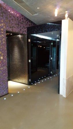 في وانشاي هوتل: entrance/ lobby