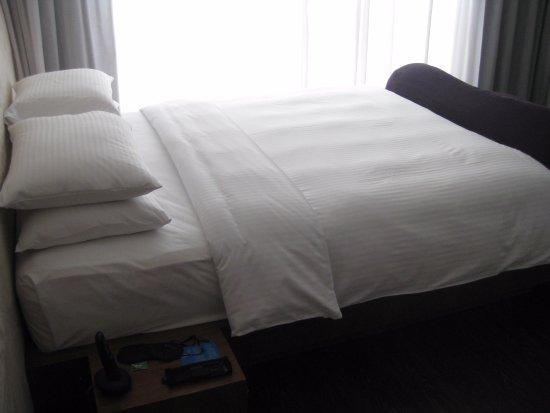 في وانشاي هوتل: bed area.. Phone is also provided free of charge