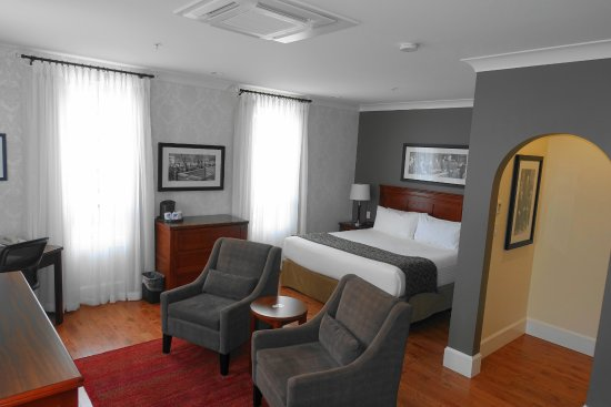 Hume Hotel & Spa: Barristers Suite Bedroom