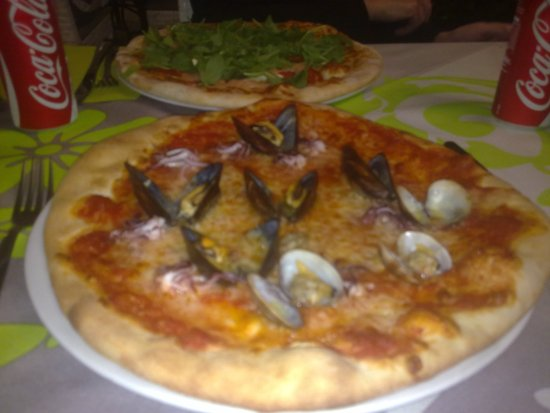Tirrenia, Italia: Pizze