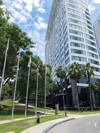 Amari Nova Suites Pattaya : 20160906_122227_large.jpg