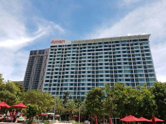 Amari Nova Suites Pattaya : 20160906_133915_large.jpg