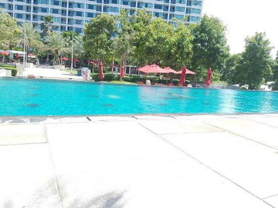 Amari Nova Suites Pattaya : 20160906_134827_large.jpg