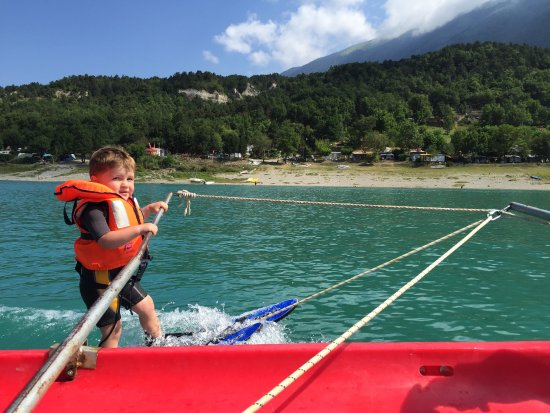 Treffort, France: Wake Ski Club Lac de Monteynard