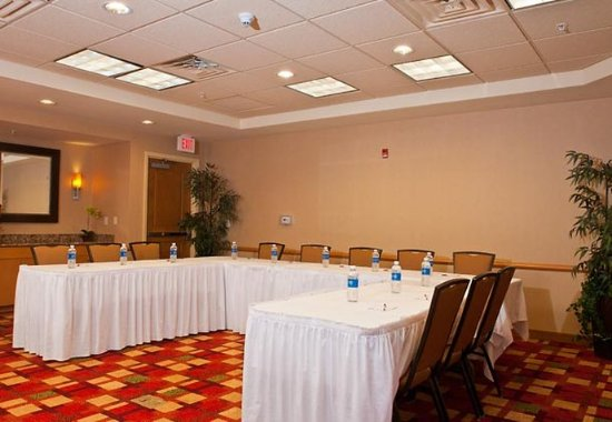 Branchburg, NJ: Meeting Room
