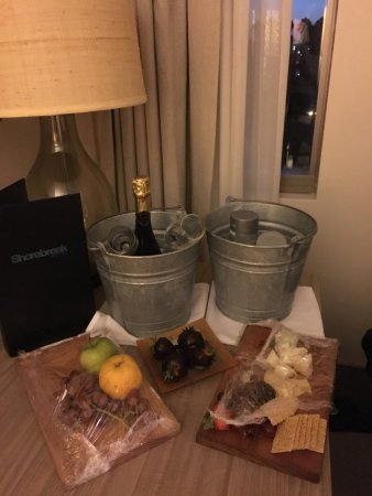 Kimpton Shorebreak Hotel: photo1.jpg