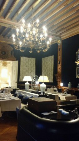 le baron ferrieres en brie restaurantbeoordelingen. Black Bedroom Furniture Sets. Home Design Ideas